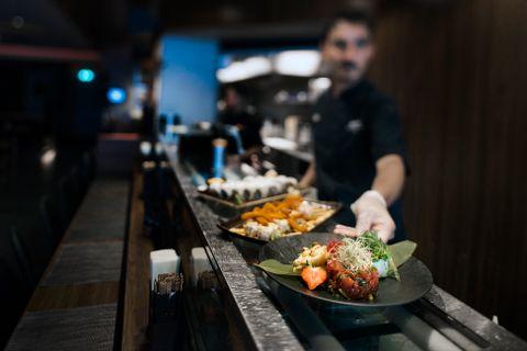 VELLYKKET: Spesialitetene til Sumo er ikke vanlig sushi med rene smaker, men en slags sushi på steroider. Ut fra variantene BTs anmelder tester, virker det som et vellykket konsept.