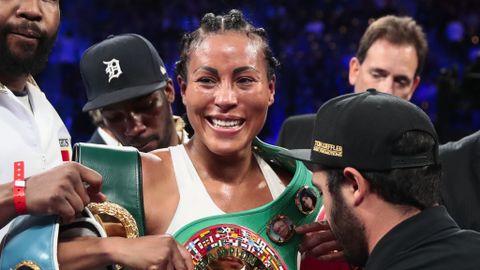 Cecilia Brækhus rangeres av amerikanske boksejournalisters forening som verdens beste kvinnelige bokser uansett vektklasse.