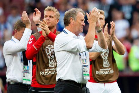 NORDMANN: Danmarks trener Åge Hareide er fra Norge, og har tatt Danmark videre i fotball-VM.