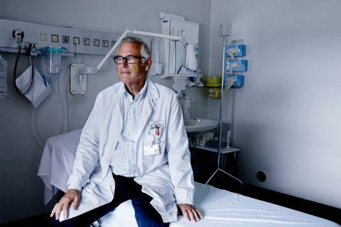 LANG KARRIERE: Professor og overlege Leiv Hove er blitt 70 år og pensjonist. Hans banebrytende metoder har gitt ham internasjonal anerkjennelse.