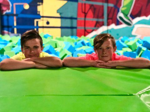 FEM TIMER: Elias og Lucas trener ofte fem timer om dagen.