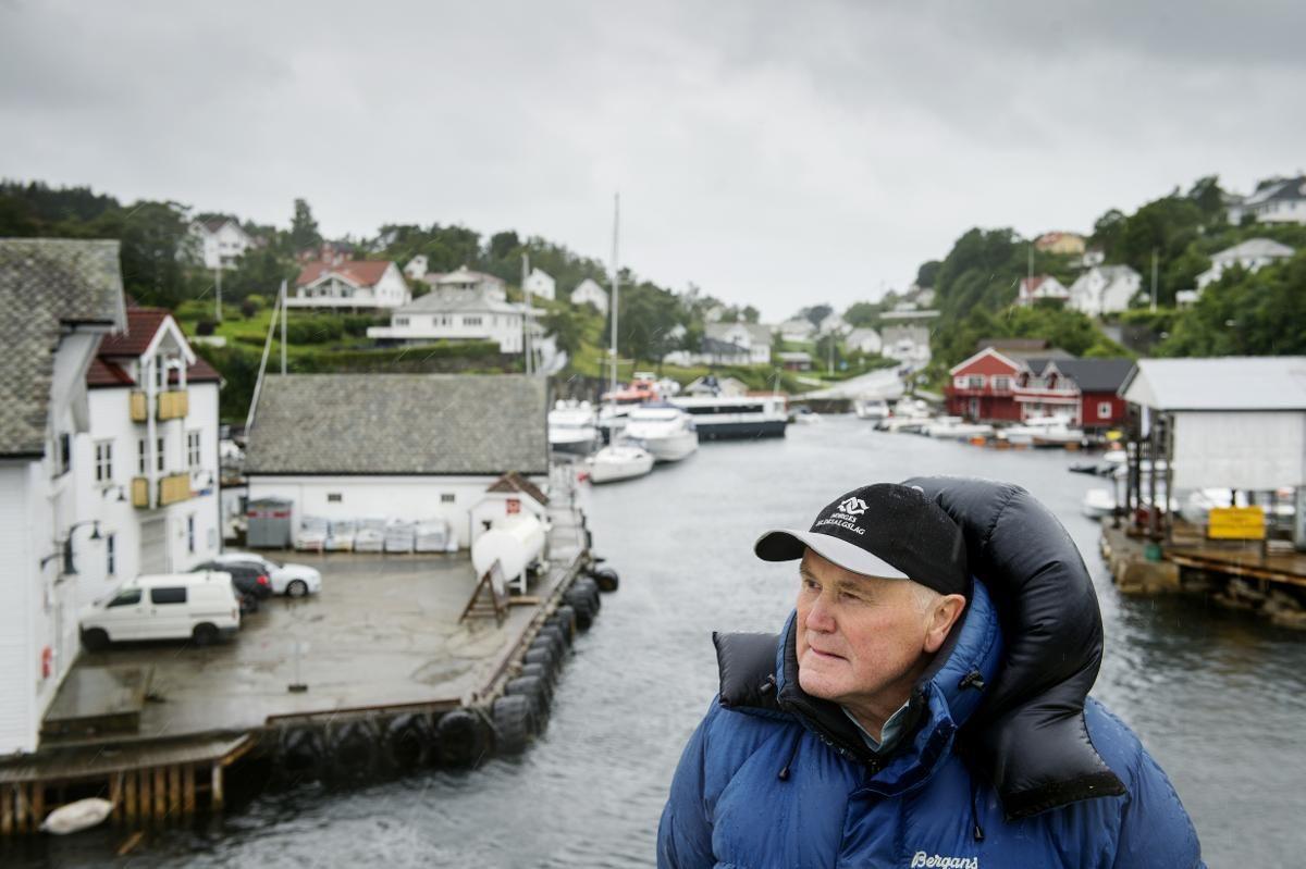 FISKERNES MANN: Øystein Rabben (74) er leder for Austevoll Fiskarlag og Selbjørn Fiskerisogelag. Han har jobbet med fisk i et halvt århundre før han ble pensjonist.