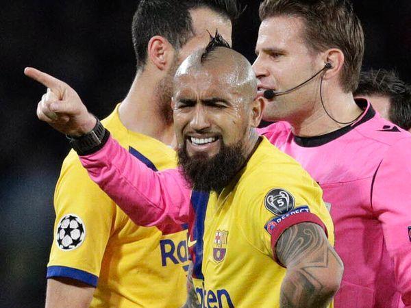 Barcelona-profil raste etter utvisning i blek Champions League-opptreden