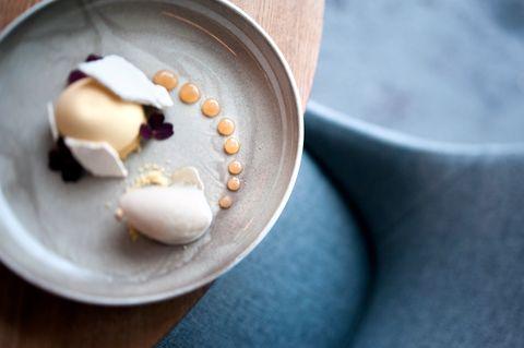 VELKOMPONERT: Dessertene på Roast Ørnen er verdt et besøk. Resten av opplevelsen er ikke like god.