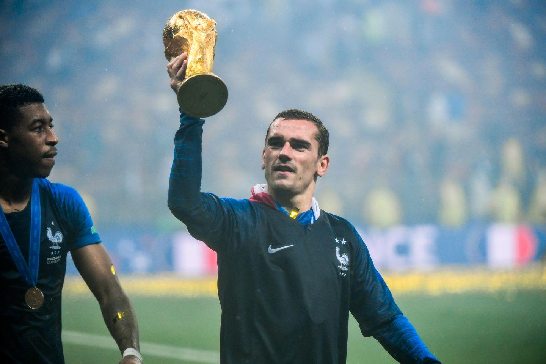 Frankrikes VM-helt ble spurt hva han ville gjort om lagkameraten sto frem som homofil: – Jeg ville oppfordret ham til å være stolt
