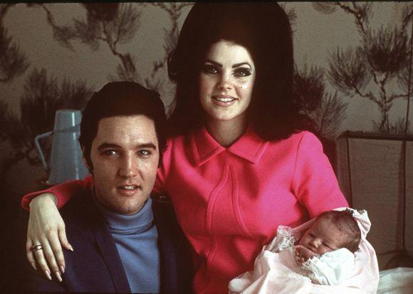 d05792e1 Elvis og Priscilla gifteseg i 1967 og fikk datteren Lisa Marie Presley.