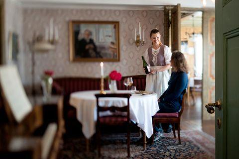 SJARMERENDE: Utne Hotel har godt bevarte historiske detaljer.
