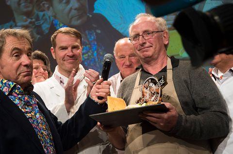 OSTE-VM-VINNER: Jørn Hafslund vant oste-VM. Hele 3500 oster var med!