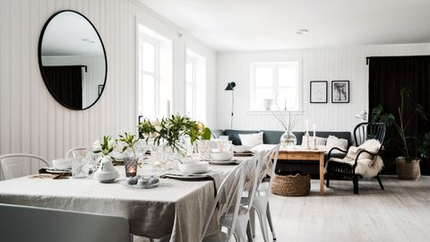 Da eneboligen ble bygget for 19 år siden ønsket Gry Selås interiør med sentimental verdi.