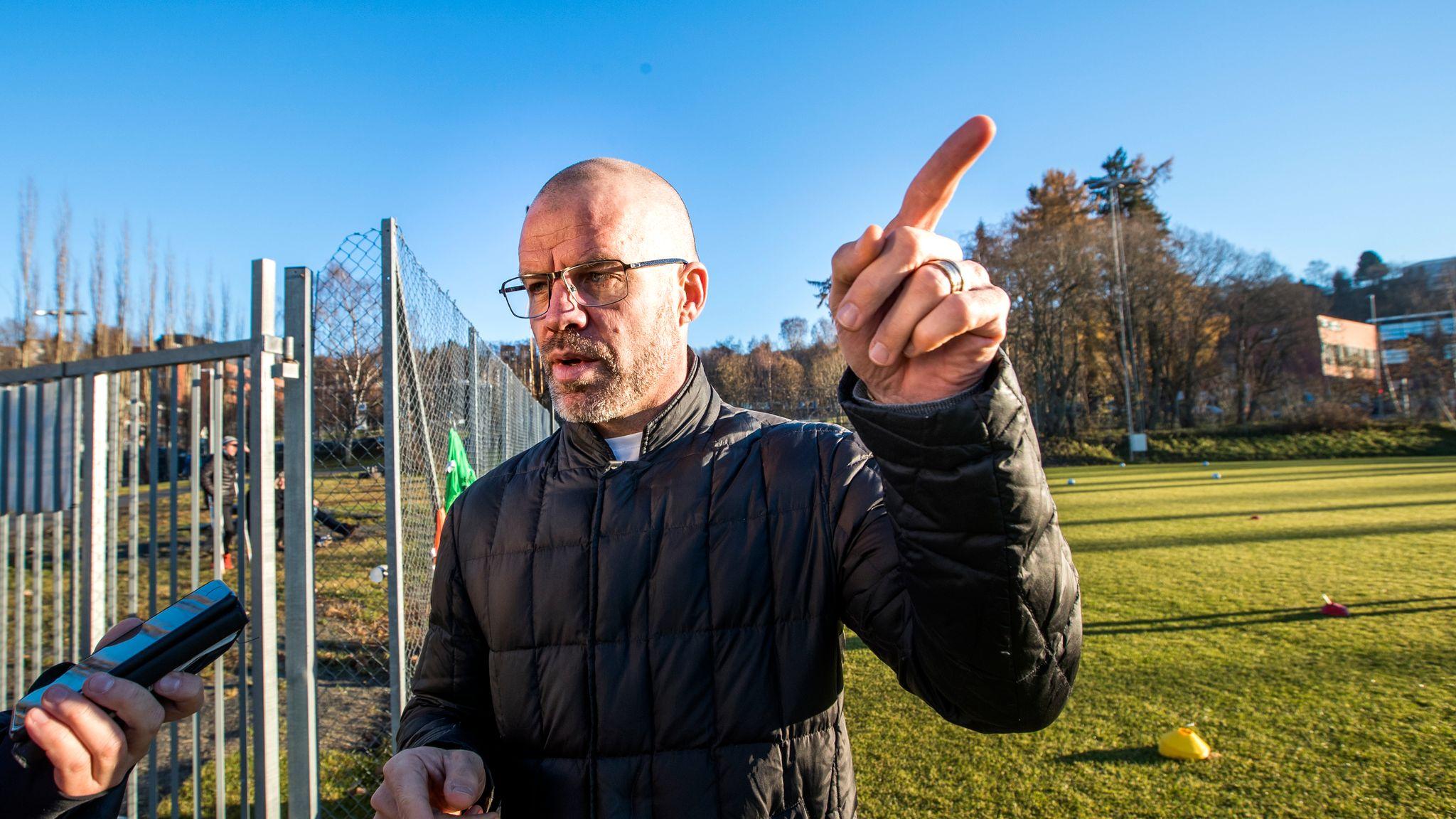 7f02a844 Evaluerer du internt, blir det sårbart for at man går glipp av noe, sier  Stig Inge Bjørnebye. Morten Antonsen