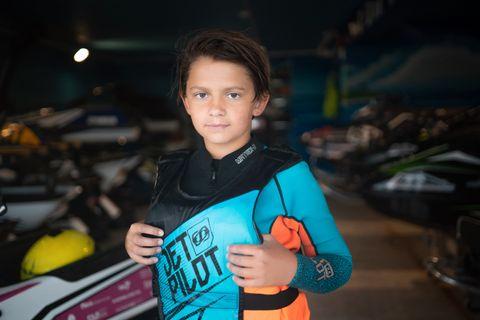 MÅLBEVISST: Theodor Liseth (12) har klare mål for hva han vil oppnå innenfor sporten, jetski.