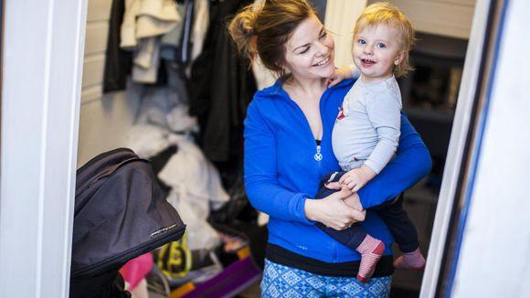 acec8e0f Sønnen Leander (15 måneder) skal ikke begynne i barnehagen før han er litt  over to år.