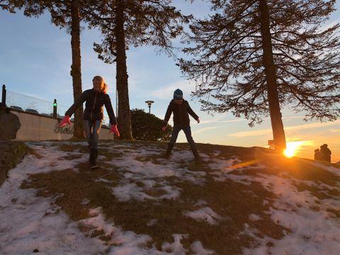 FINE FORHOLD: På Fløyen er det mulig å gå på ski i lysløypen.