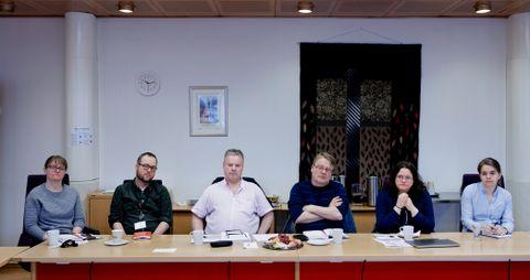 FYLKESPLANFORUM: Representanter for Sund kommune er på fylkeshuset for å diskutere kommunedelplan og sentrumsplan med fylkeskommunens fagfolk.