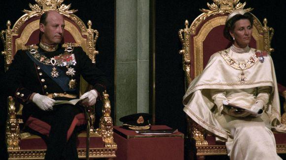 Kong Harald var «lettere livredd» da han overtok