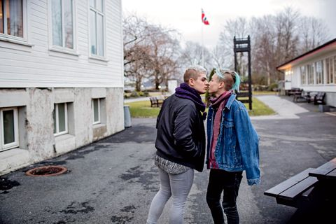 STREVDE: Aron Jasperr Lona Altinpinar (17) (til venstre) og André Fresvik Klausen (16) strevde mye hver for seg før de fant hverandre.