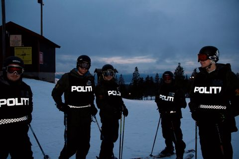 Politiet ski