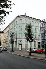 a0939a49 Schweigaards gate 81: Det har vært stor prostitusjonsaktivitet over tid.  Kunder renner inn og ut. Enkelte ganger ligger kondomer og sexhjelpemidler  strødd i ...