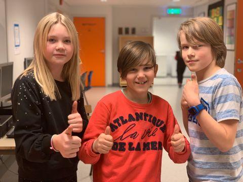 KLARE FOR JUL: Ane, Max-André og Benjamin synes det er kjekt å lage julegavene selv.
