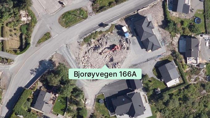 Kjedehuset i Bjørøyhamn er akkurat solgt. Kjøper måtte ut med over fire millioner kroner.