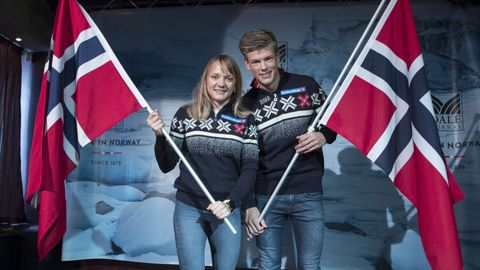 Maiken Caspersen Falla og Johannes Høsflot Klæbo spås å ta gull under kommende OL.