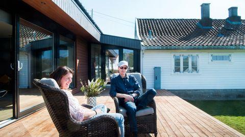 Morten (51) og Heidi (44) Bø Sangedal bestemte seg for å flytte hjem til Fogn. – Her har vi alt vi trenger, skole og butikk, familie og gode venner. Stort bedre kan det ikke bli.