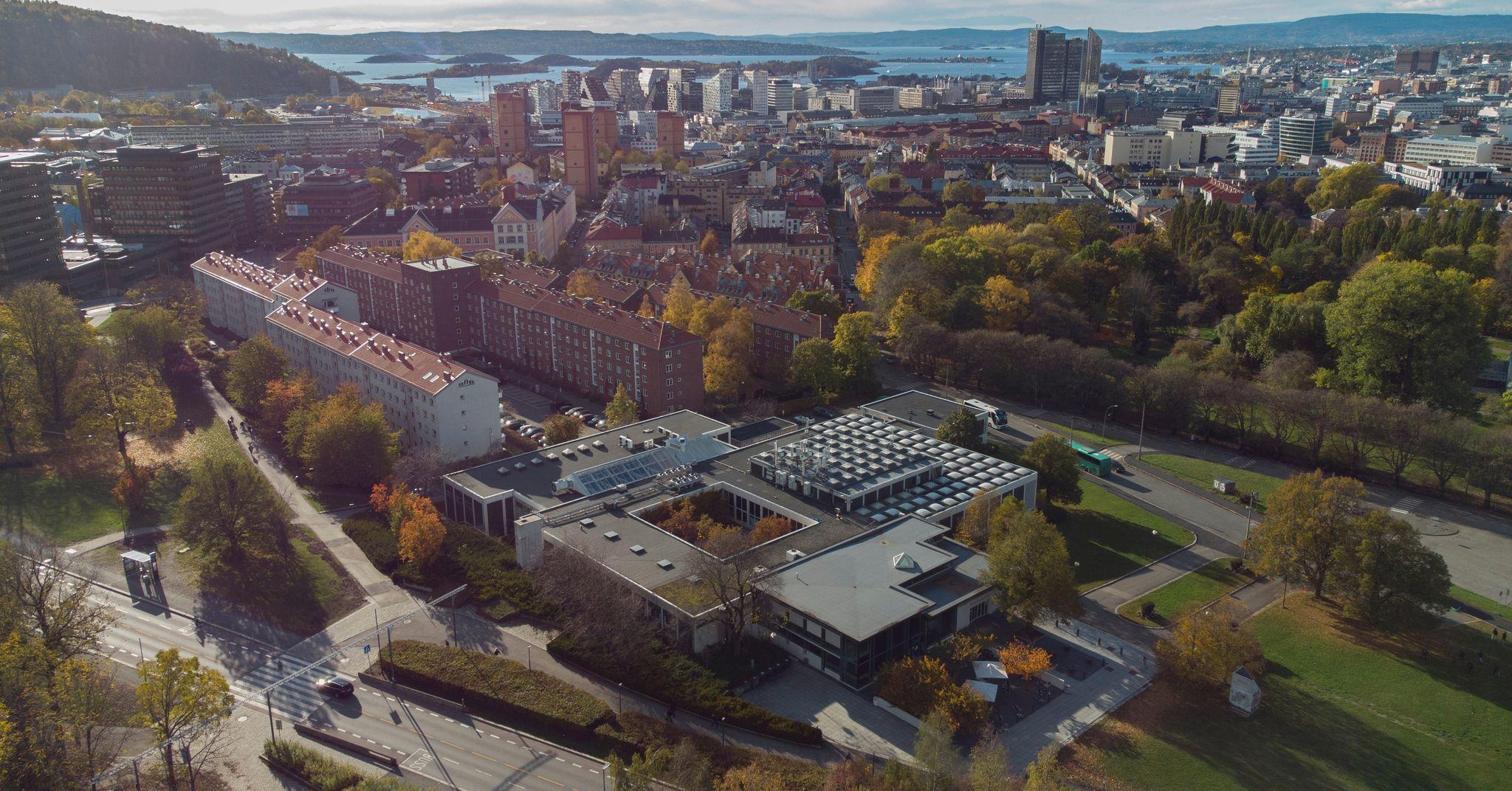 I 13 år har man visst at Munchmuseet på Tøyen skal flytte. Oslo kommune har fortsatt ingen plan for bygget.