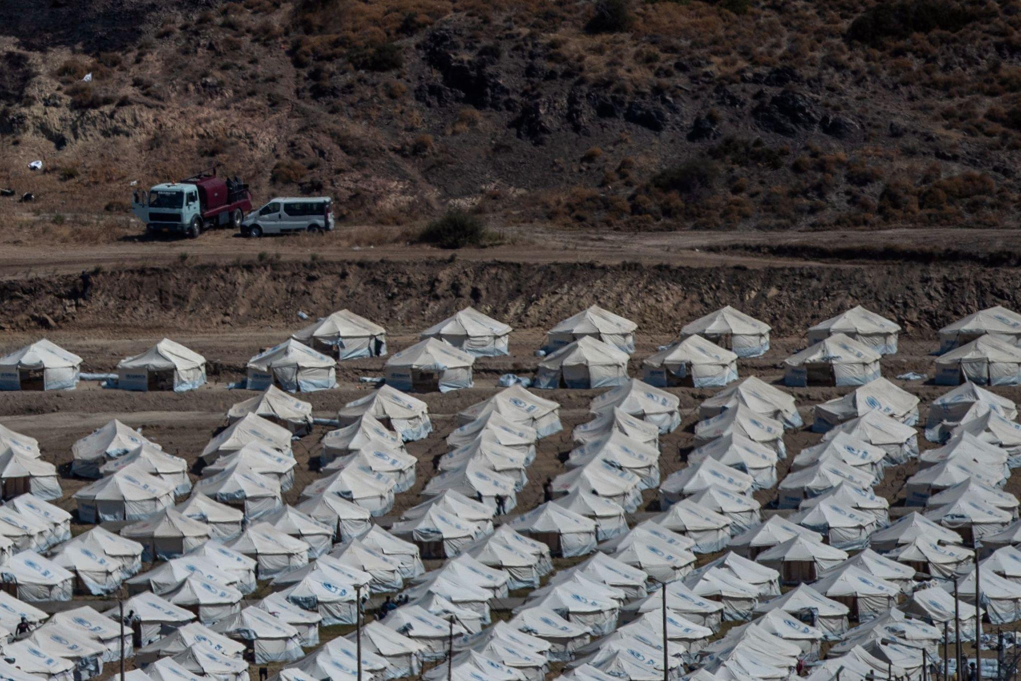 5.000 asylsøkere flyttet til ny leir på Lesvos