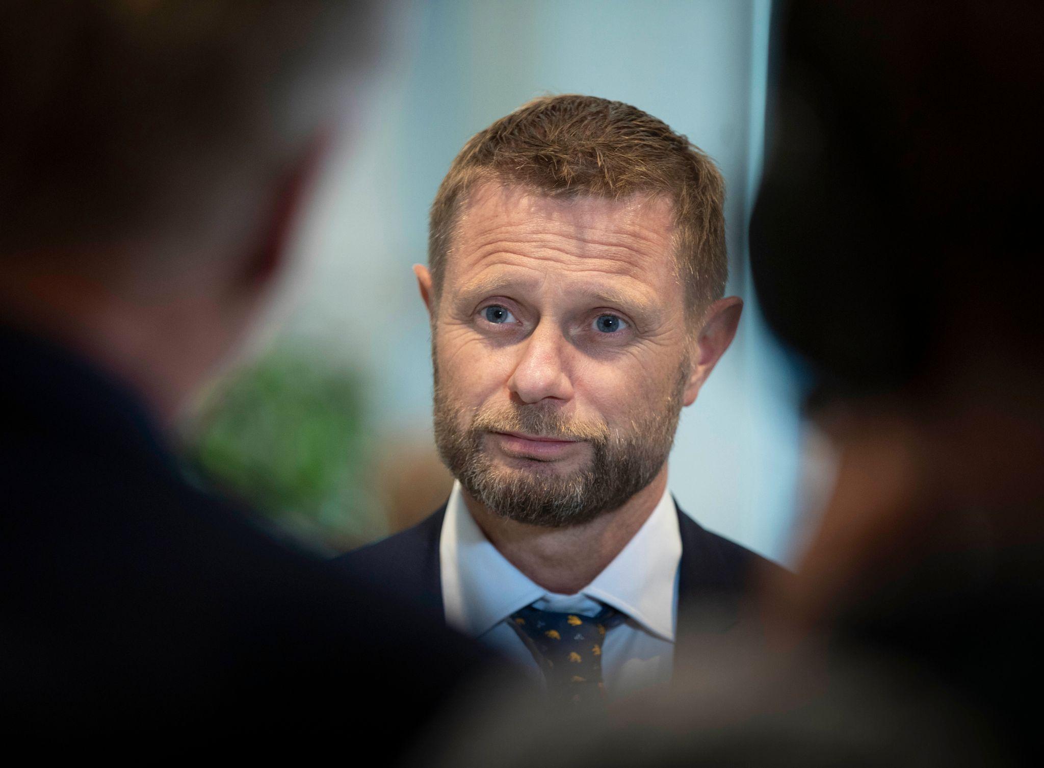 Bent Hoie Med Klar Oppfordring Om Store Hjemmefester Jeg Haper Folk Lar Vaere