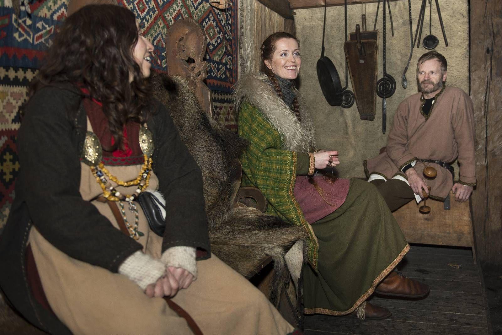 Folk og fest som i vikingtiden