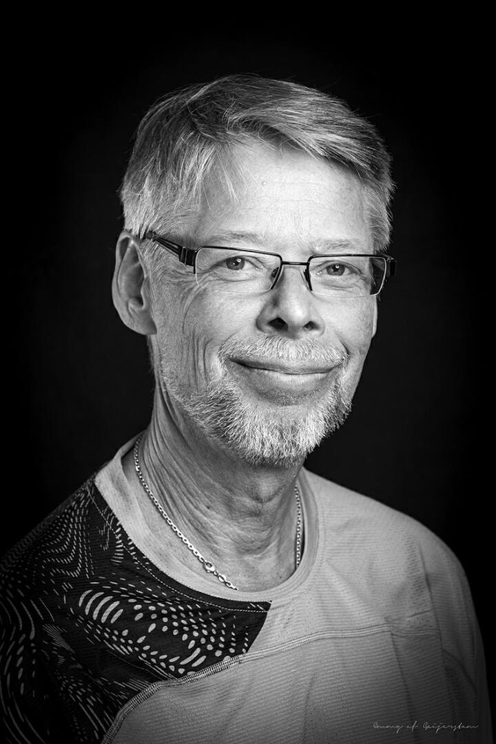 Karl Ivar Larsen