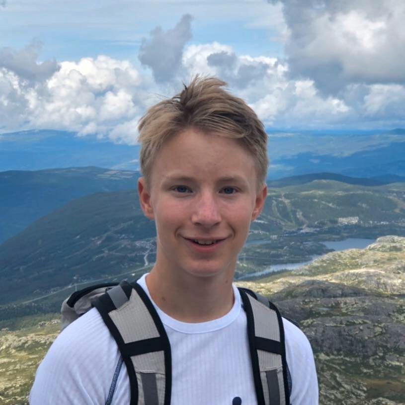 Nicolai Bjerke Dyvik (17)