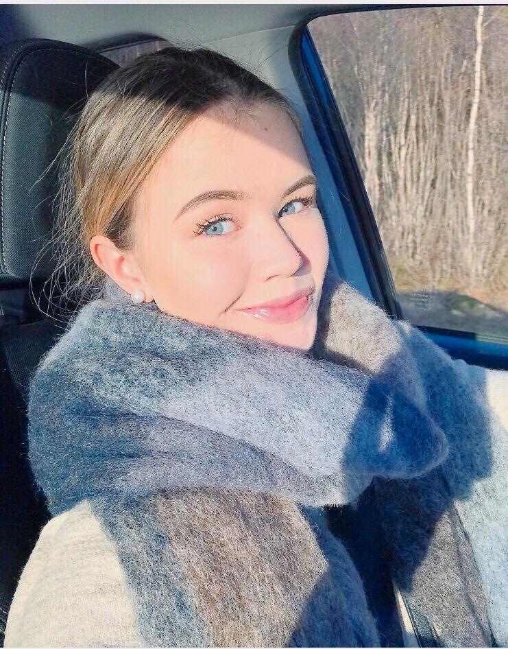 Amalie Holm (20)