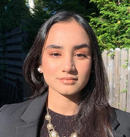 Arina Aamir (15)