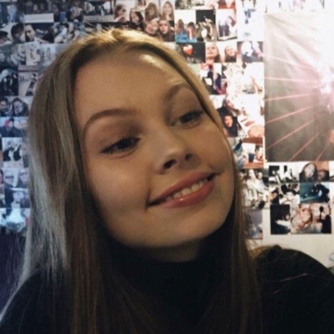 Bella Brauer (19)