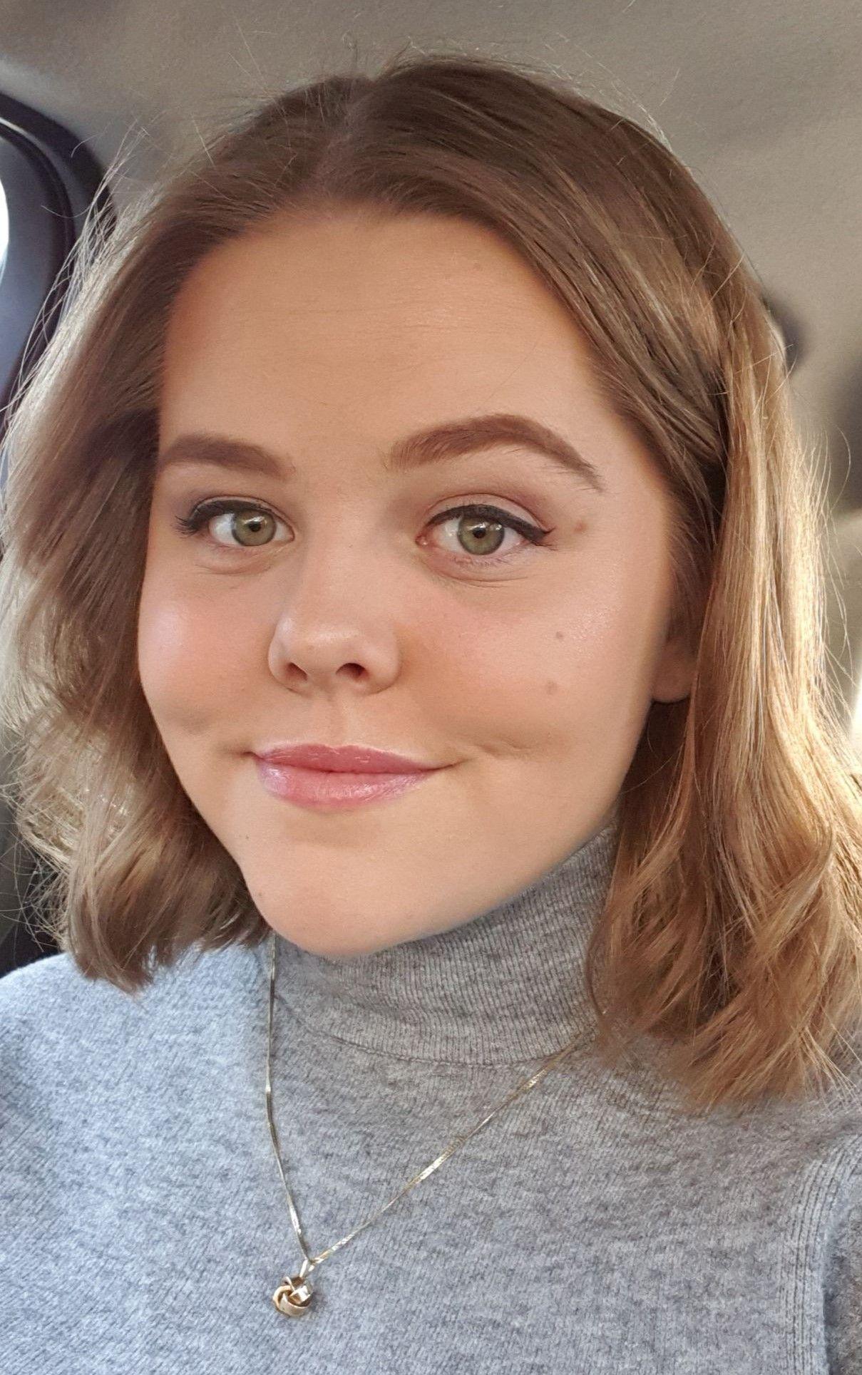 Ellen Marie Gundersen (20)