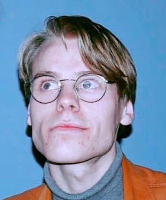 Elias Louis Wahl Sandvold (21)