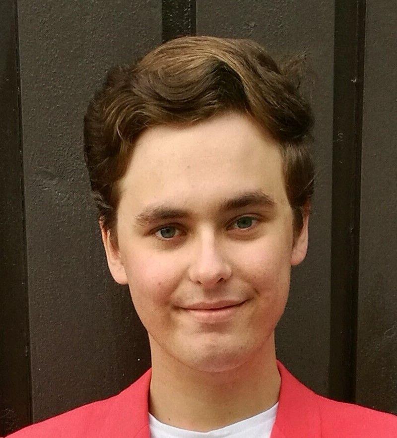 Julian Slettaøien (19)