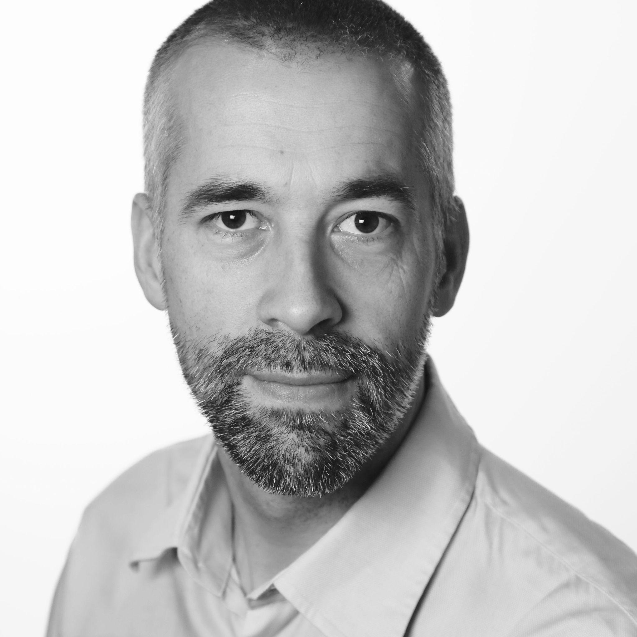 Einar Tho