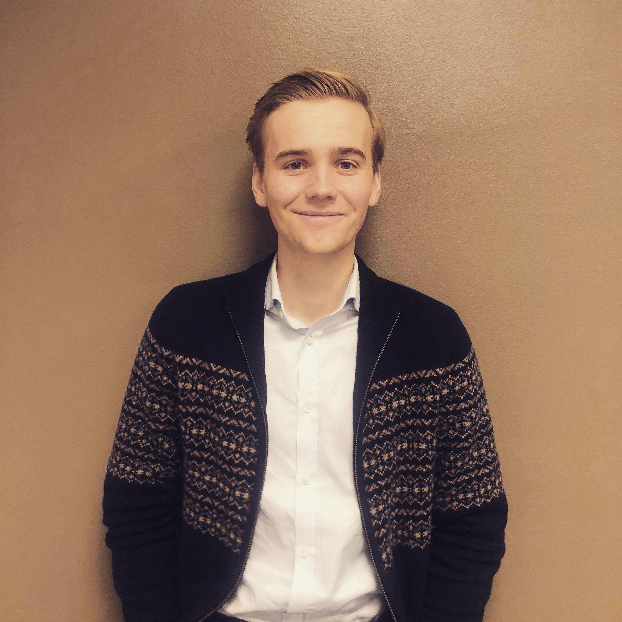 Stian Andre Bjørshol Smalø (21)