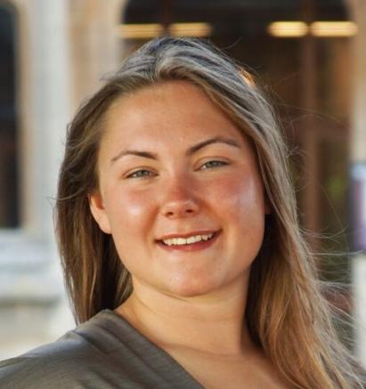 Anette Sølvberg (21)