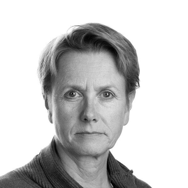 Mona W. Claussen