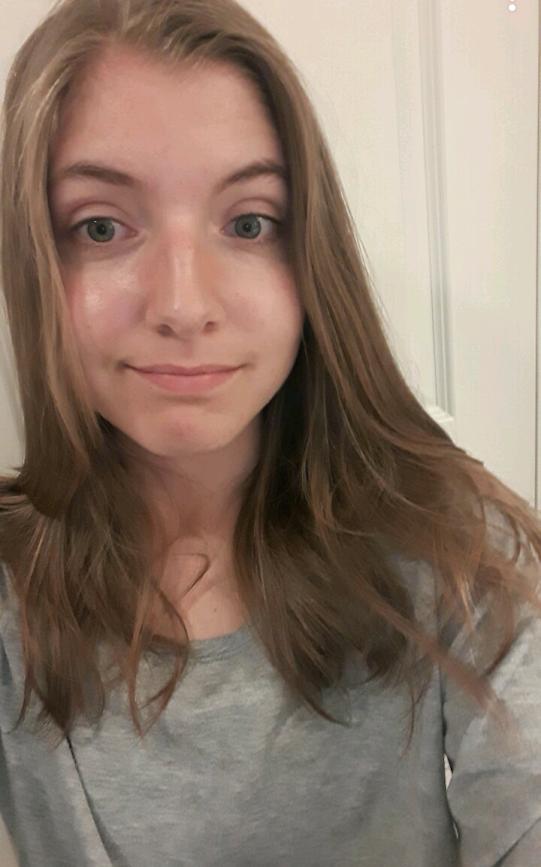 Katrine Mikkelsen (20)