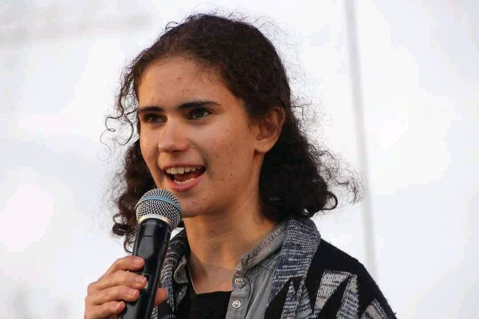 Amanda Anvar (17)