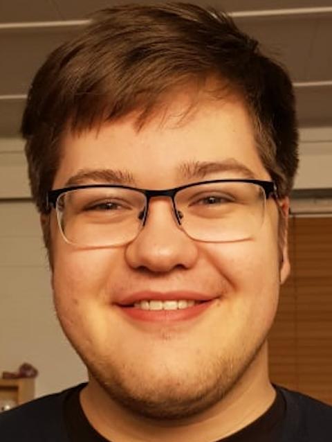 Ivar Østby (21)