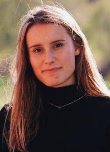 Nora Margrete Strütt (17)