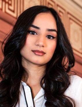 Arina Aamir (16 years old)