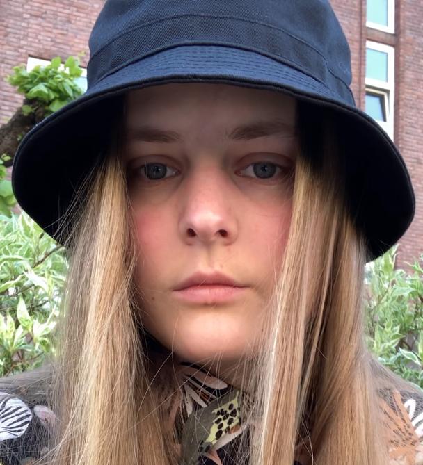 Victoria Steen Hansen (21)
