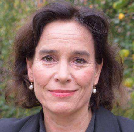 Kari J. Spjeldnæs