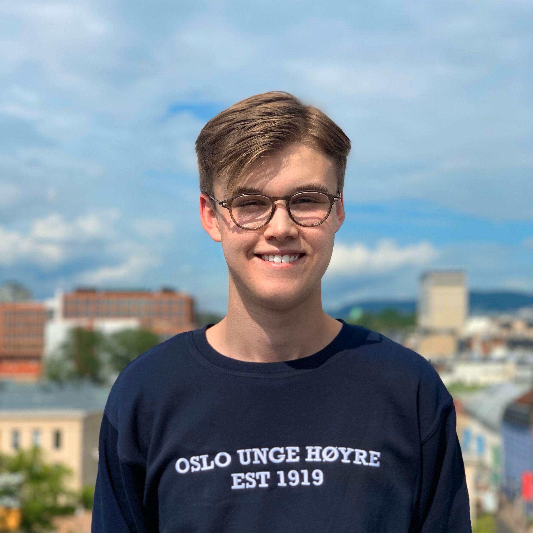 Adrian Gran von Hall (18)